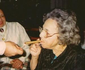 nellie cigar 001